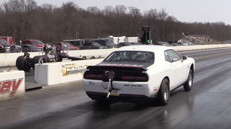 World's Fastest Challenger Hellcat Sets New 1/4-Mile Record