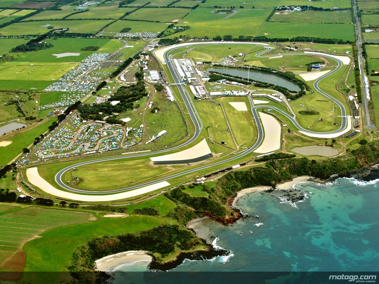 https://s1.cdn.autoevolution.com/images/news/world-superbike-extends-partnership-with-the-phillip-island-circuit-55869_1.jpg
