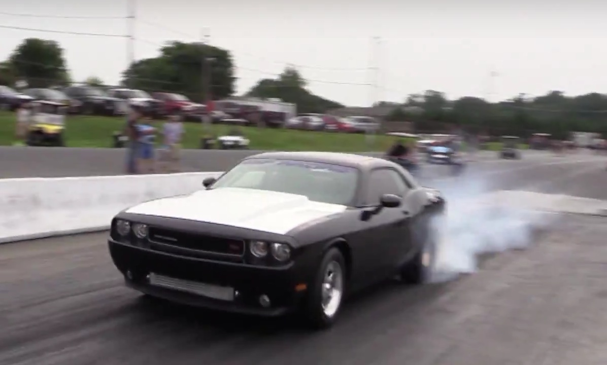World's Fastest 5.7L Hemi Dodge Challenger Can Smoke a Hellcat ...