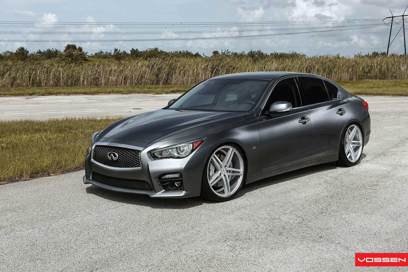 world s first modified 2014 infiniti q50 s gets vossen concave wheels video autoevolution. Black Bedroom Furniture Sets. Home Design Ideas