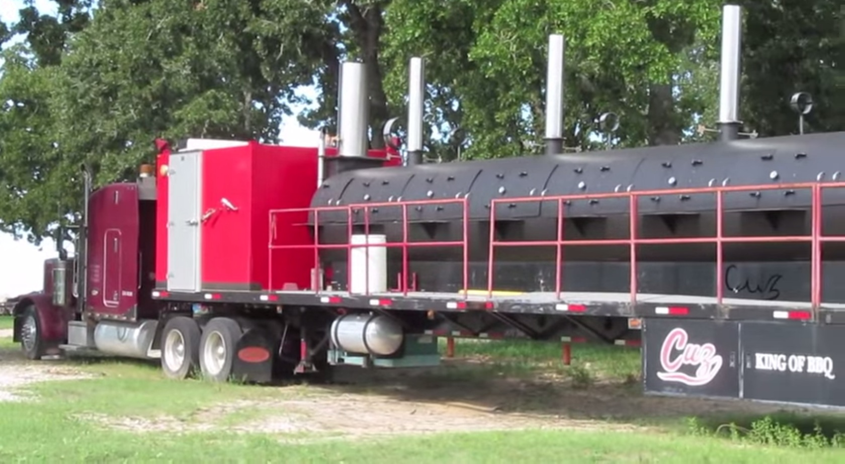 world�s largest bbq pit can cook 4 tons of meat at a time