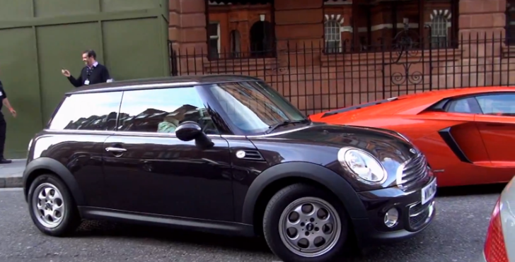 Would You Park a MINI Between Two Aventadors? [Video]