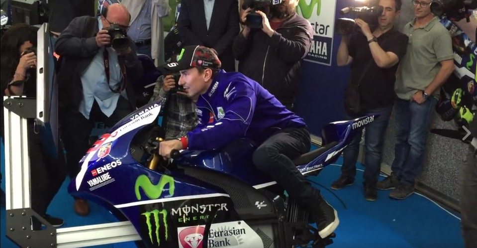 Yamaha YZR-M1 MotoGP Simulator Is the Ultimate Racing Toy - autoevolution