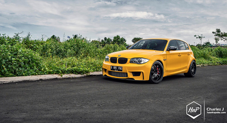 yellow fascination bmw 1m hatchback autoevolution. Black Bedroom Furniture Sets. Home Design Ideas