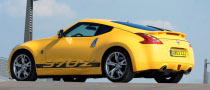 Yellow Nissan 370Z Shines this Fall