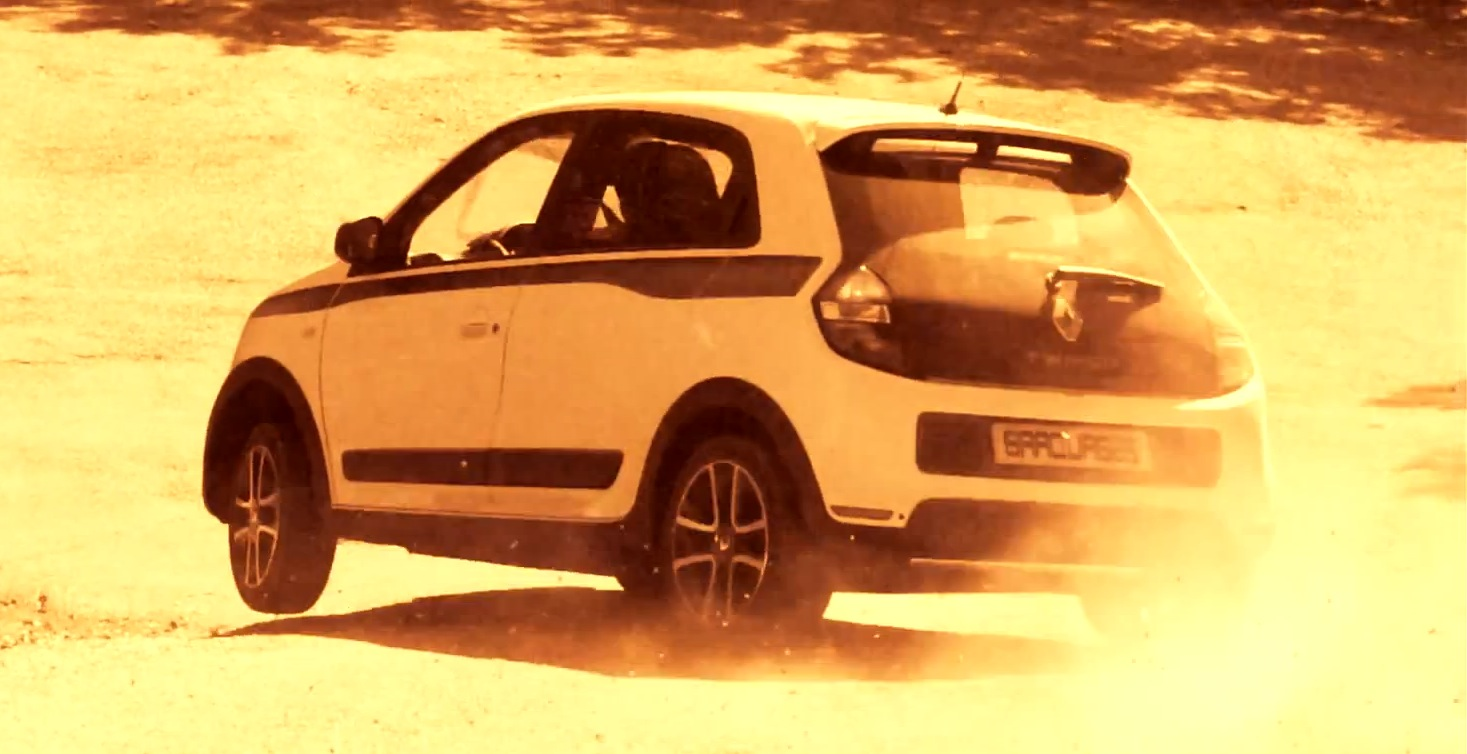 your 2015 renault twingo drifting video is here. Black Bedroom Furniture Sets. Home Design Ideas