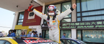 Yvan Muller Becomes New WTCC Champ