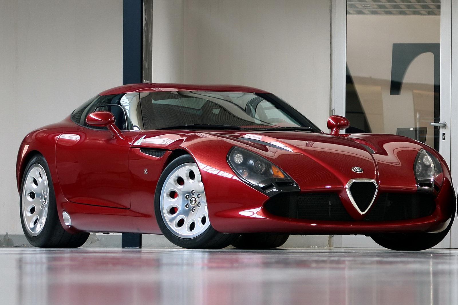 Zagato Introduces TZ Stradale A Viper ACR In Alfa Romeo Clothing - Alfa romeo apparel