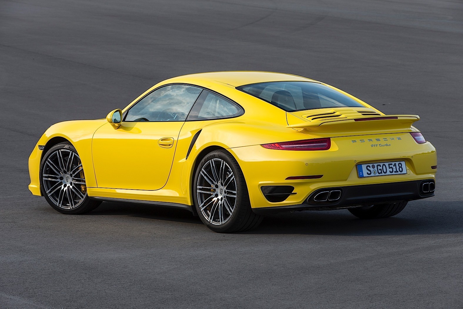 2015 porsche 911 turbo turbo s autoevolution. Black Bedroom Furniture Sets. Home Design Ideas