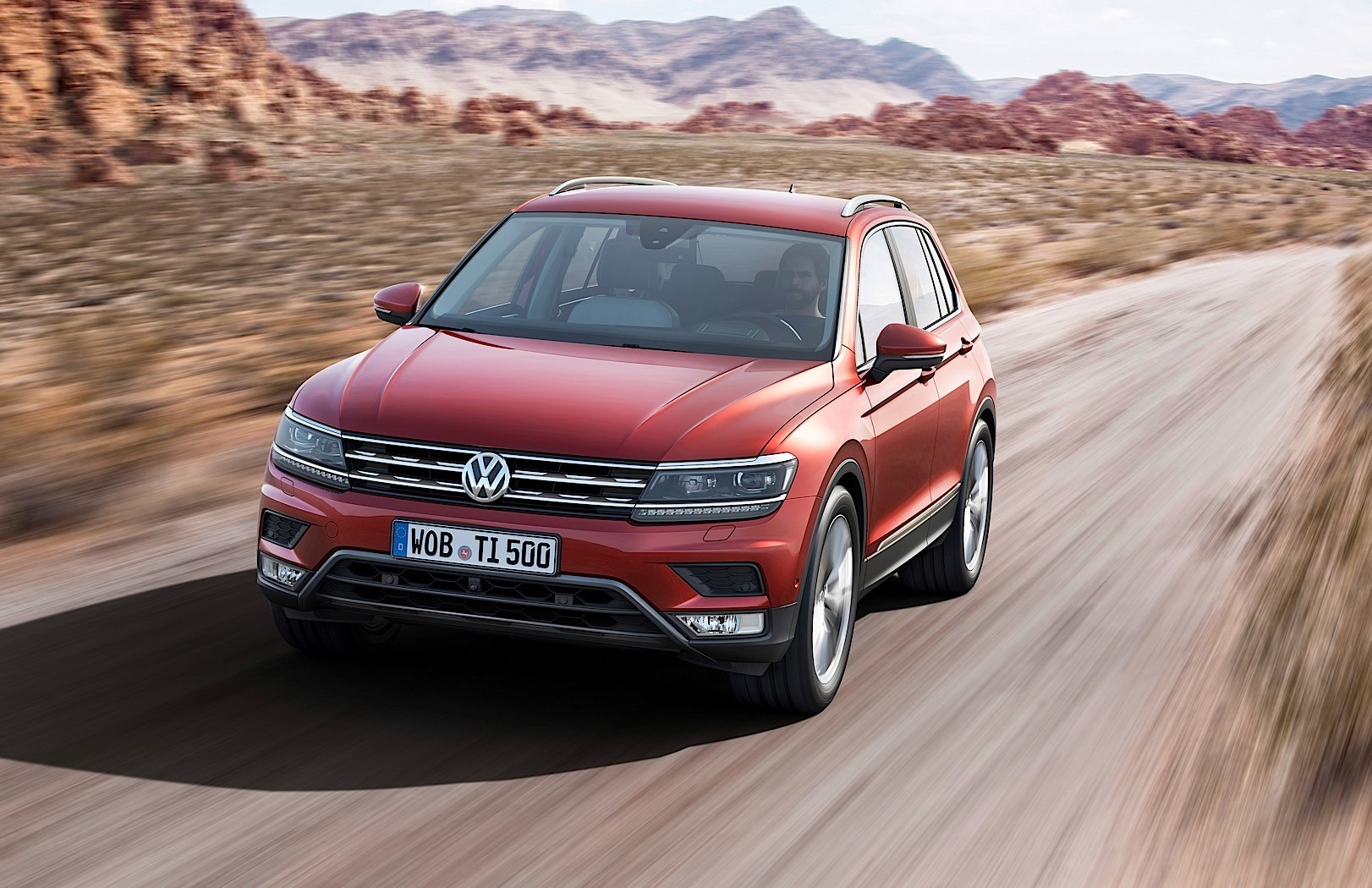 2016 volkswagen tiguan review autoevolution. Black Bedroom Furniture Sets. Home Design Ideas
