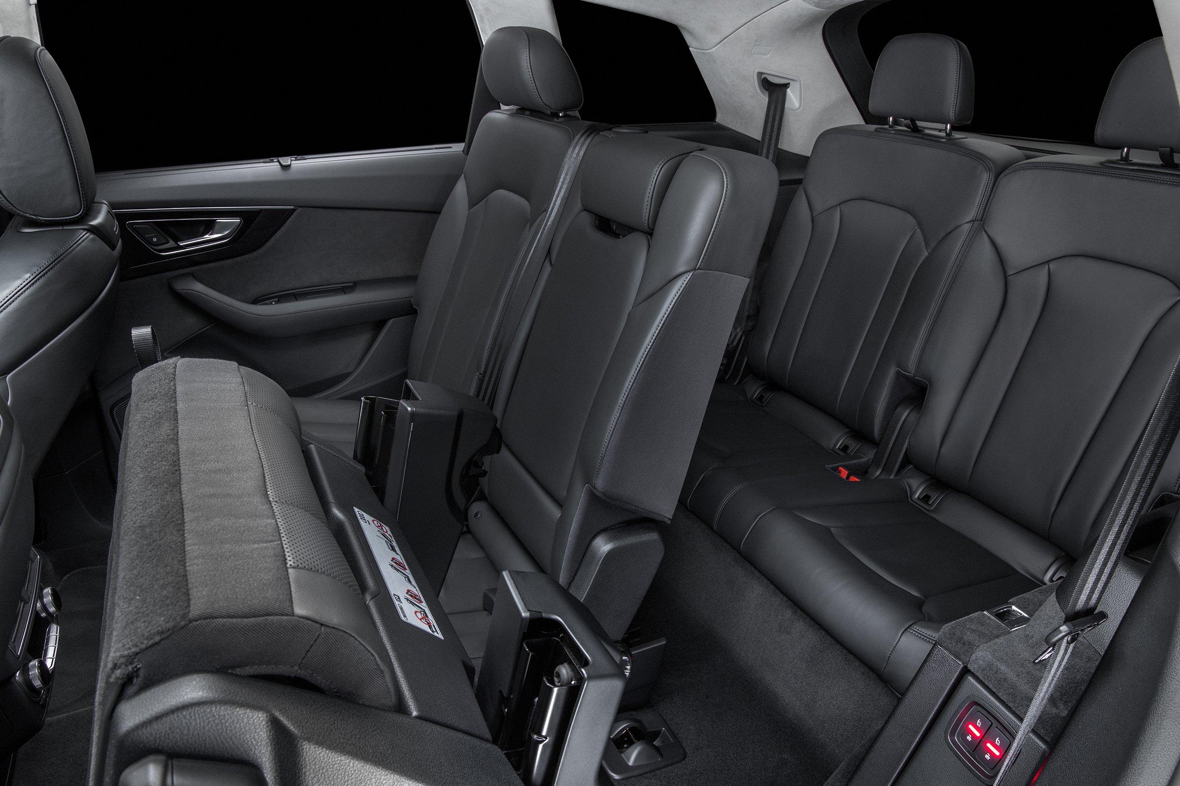 ... 2017 Audi Q7 Interior ...