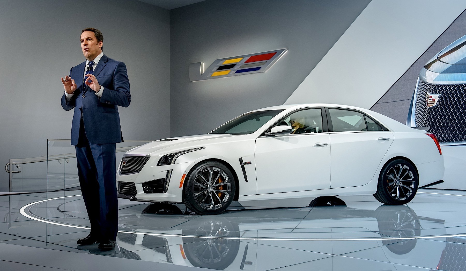 2017 Cadillac CTS-V Review - autoevolution
