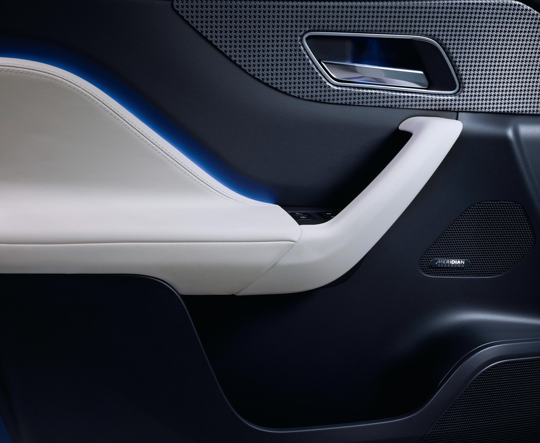 2017 Jaguar F Pace Review Autoevolution Suv Interior