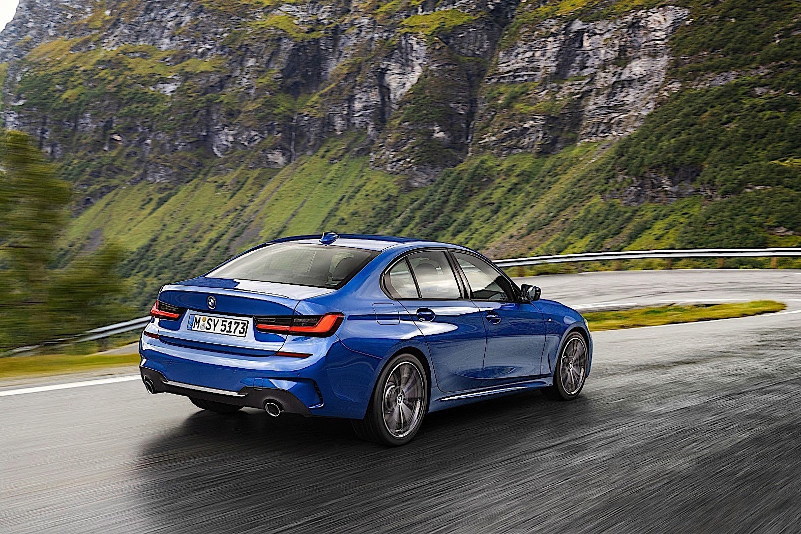 2020 BMW 3 Series Review - autoevolution