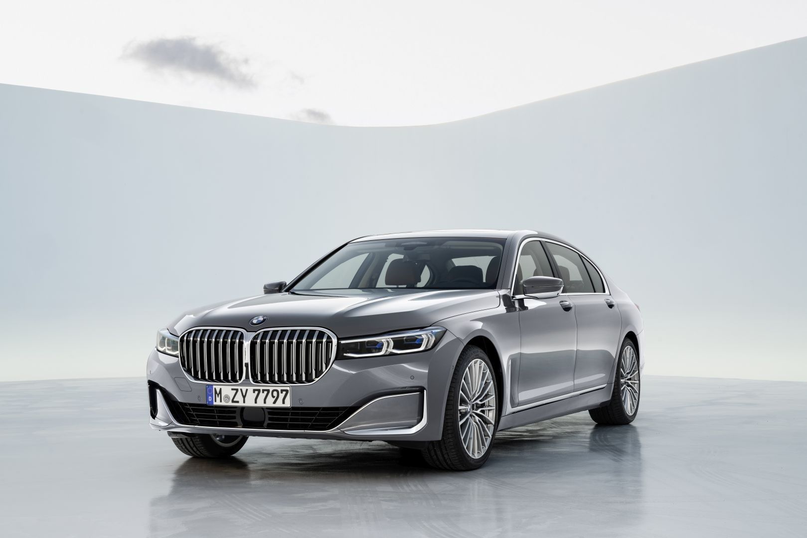 2020 Bmw 7 Series Review Autoevolution