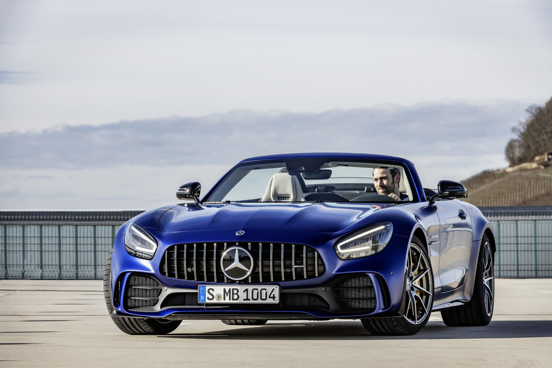 2020 Mercedes-AMG GT R Roadster Review - autoevolution