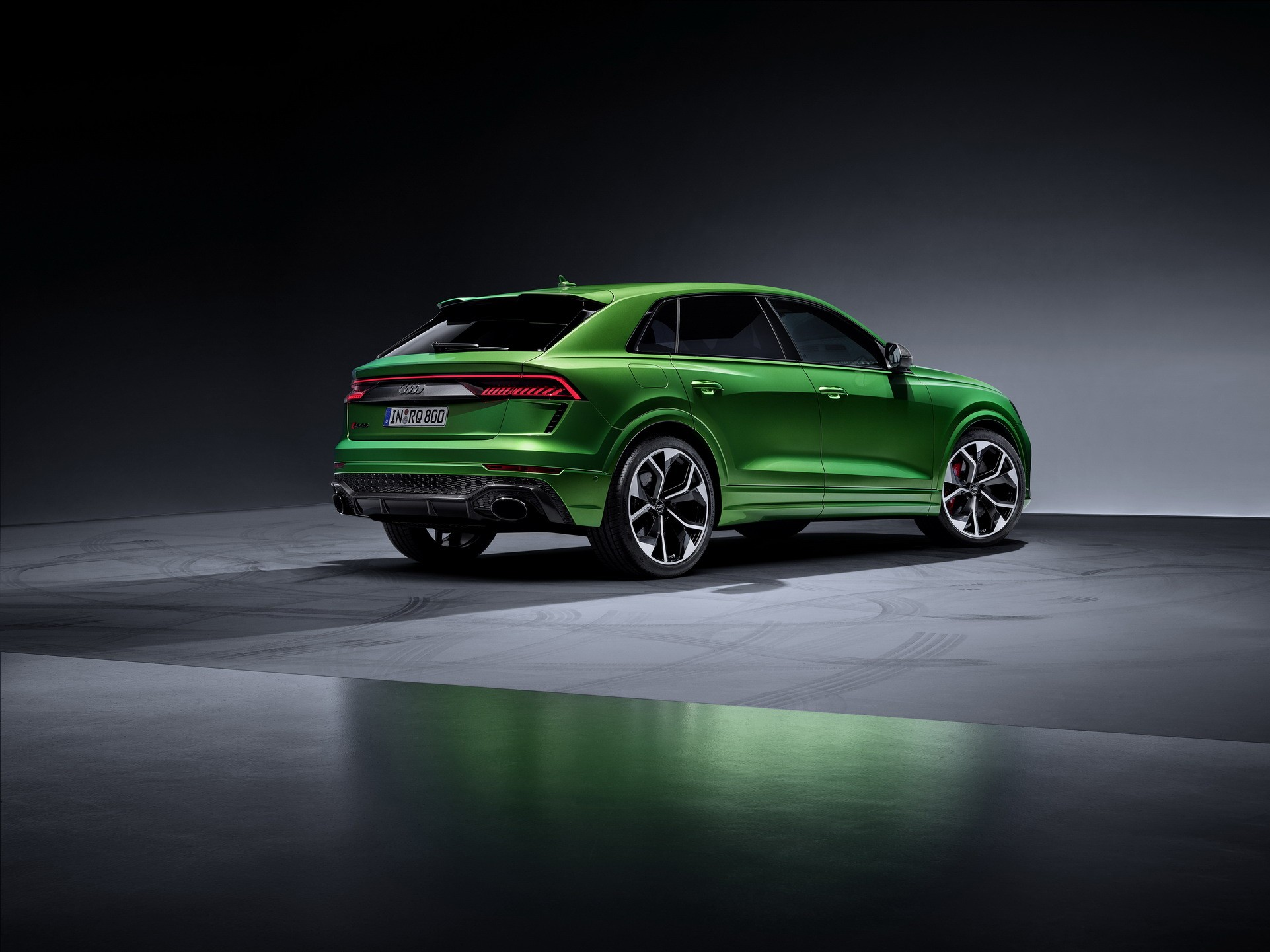 2021 Audi RS Q8 Review - autoevolution