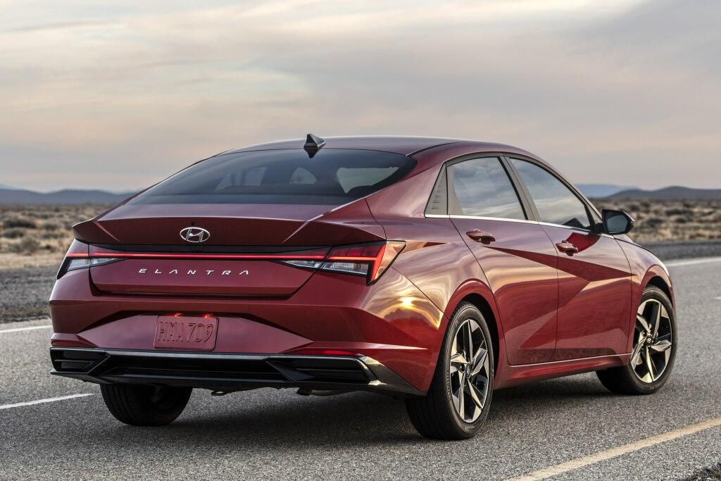 2021 Hyundai Elantra Review - autoevolution