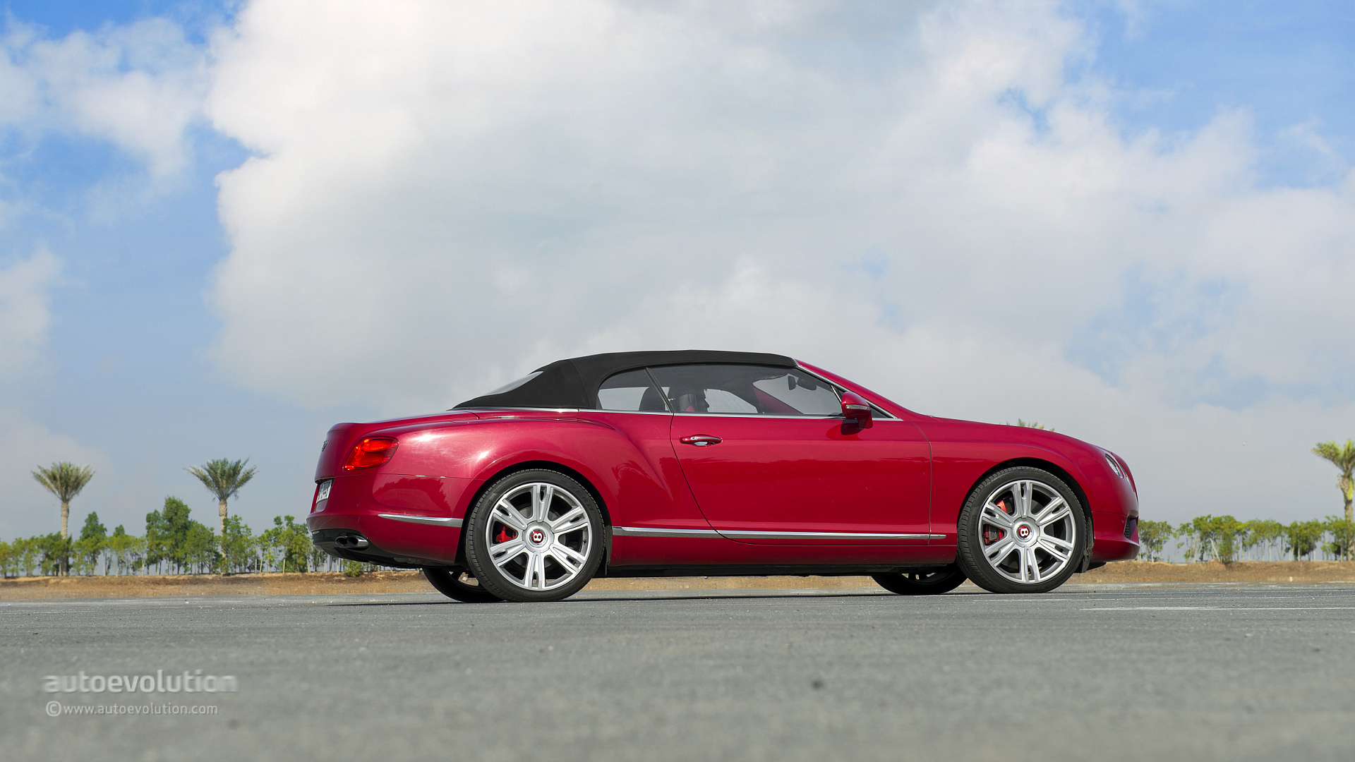 Bentley continental gtc v8 review autoevolution vanachro Images