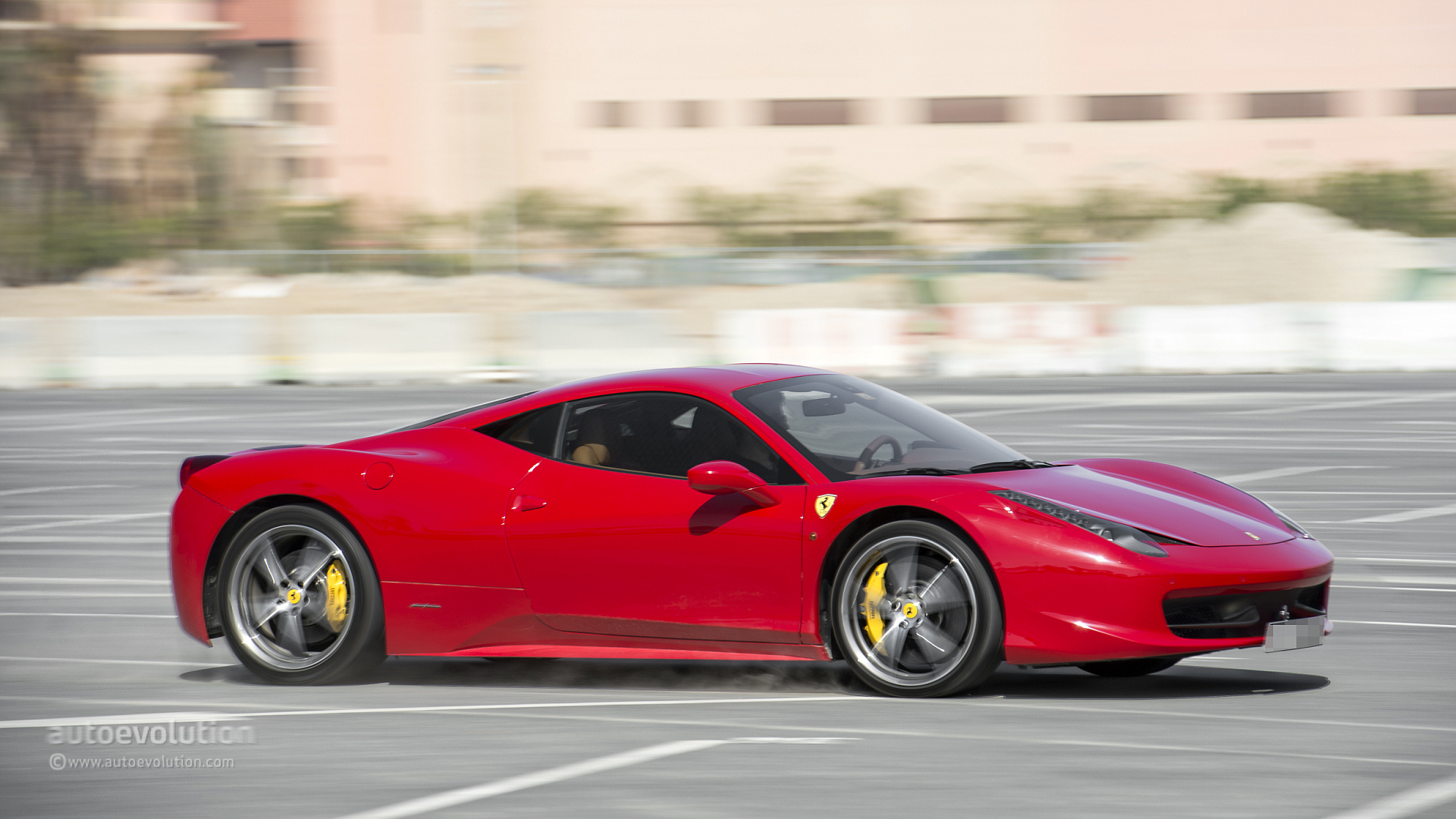 ferrari 458 italia review autoevolution. Black Bedroom Furniture Sets. Home Design Ideas
