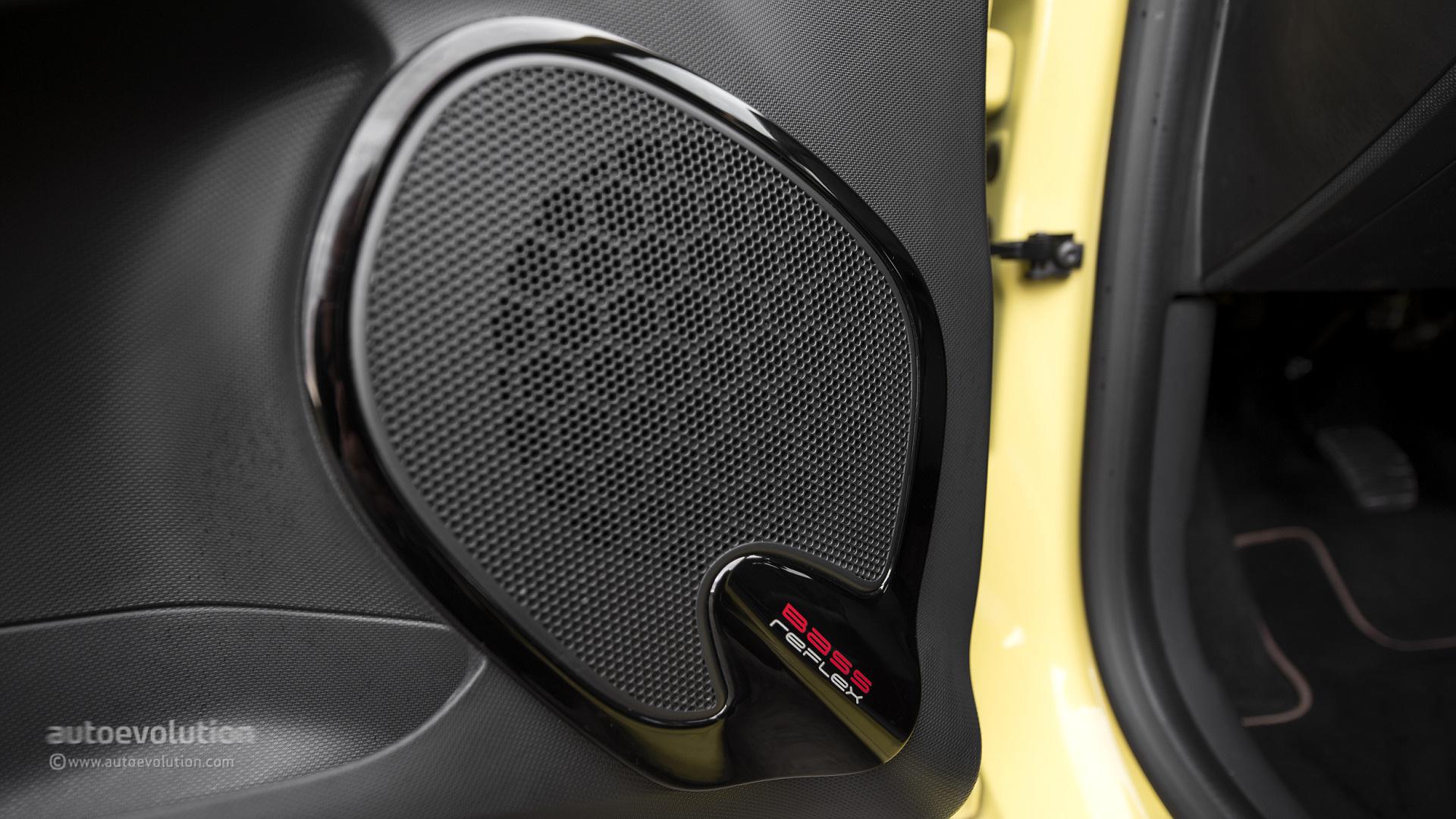 Renault Clio 0 9 Tce Review Autoevolution