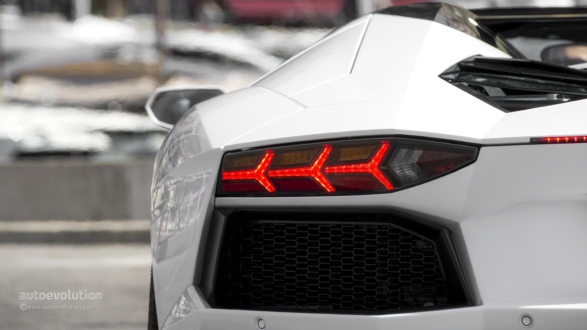 2014 Lamborghini Aventador Roadster Review Autoevolution