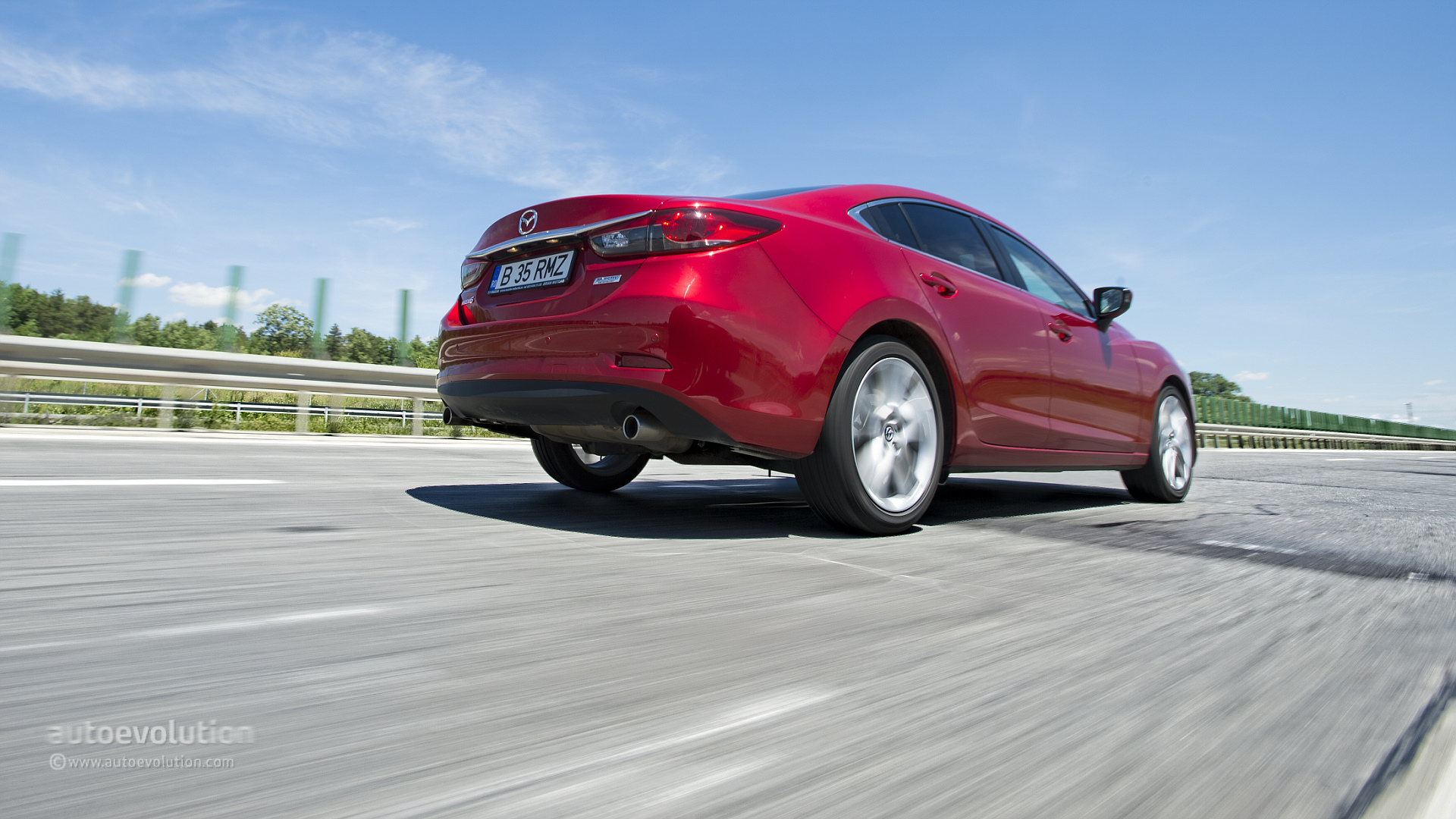 2014 mazda 6 review prices photos new car test. Black Bedroom Furniture Sets. Home Design Ideas