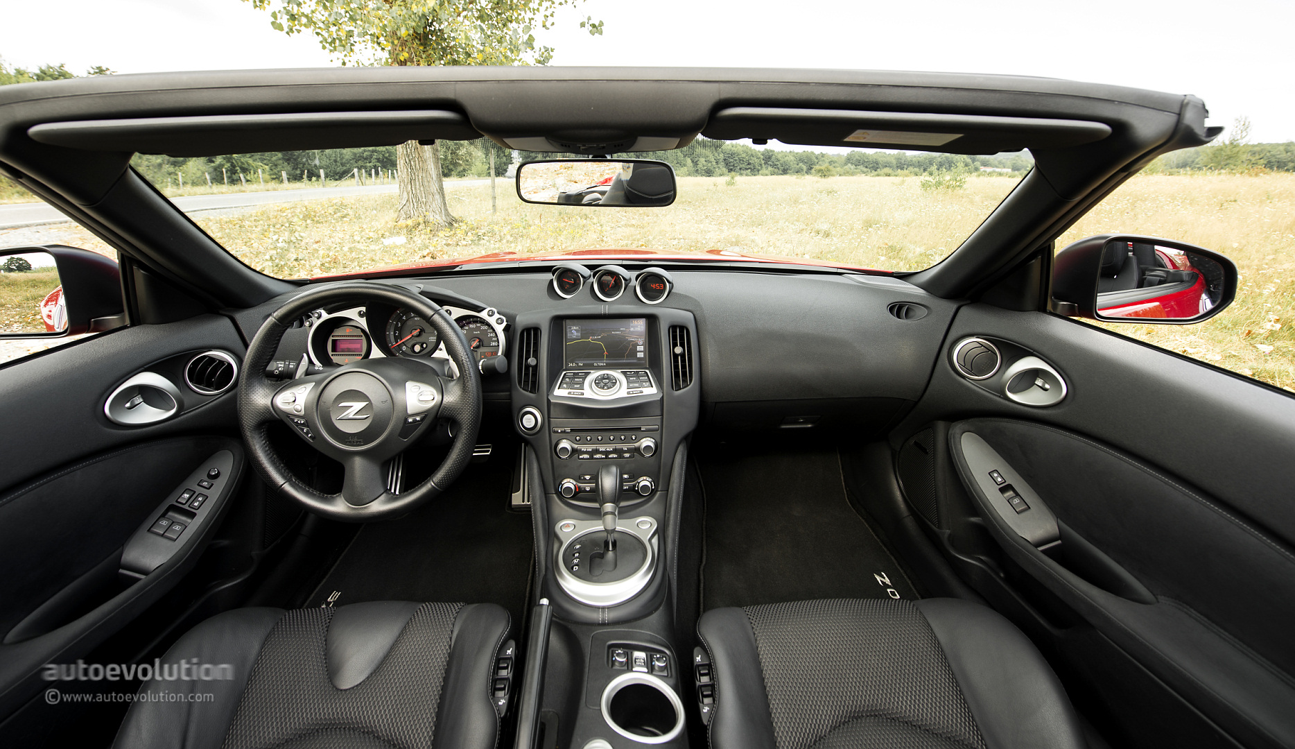 nissan 370z interior 2014 images galleries with a bite. Black Bedroom Furniture Sets. Home Design Ideas