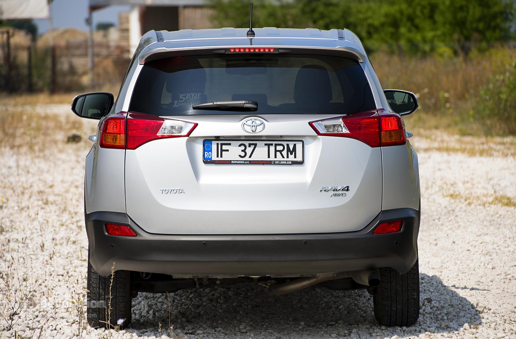 2014 Toyota Rav4 Review Autoevolution