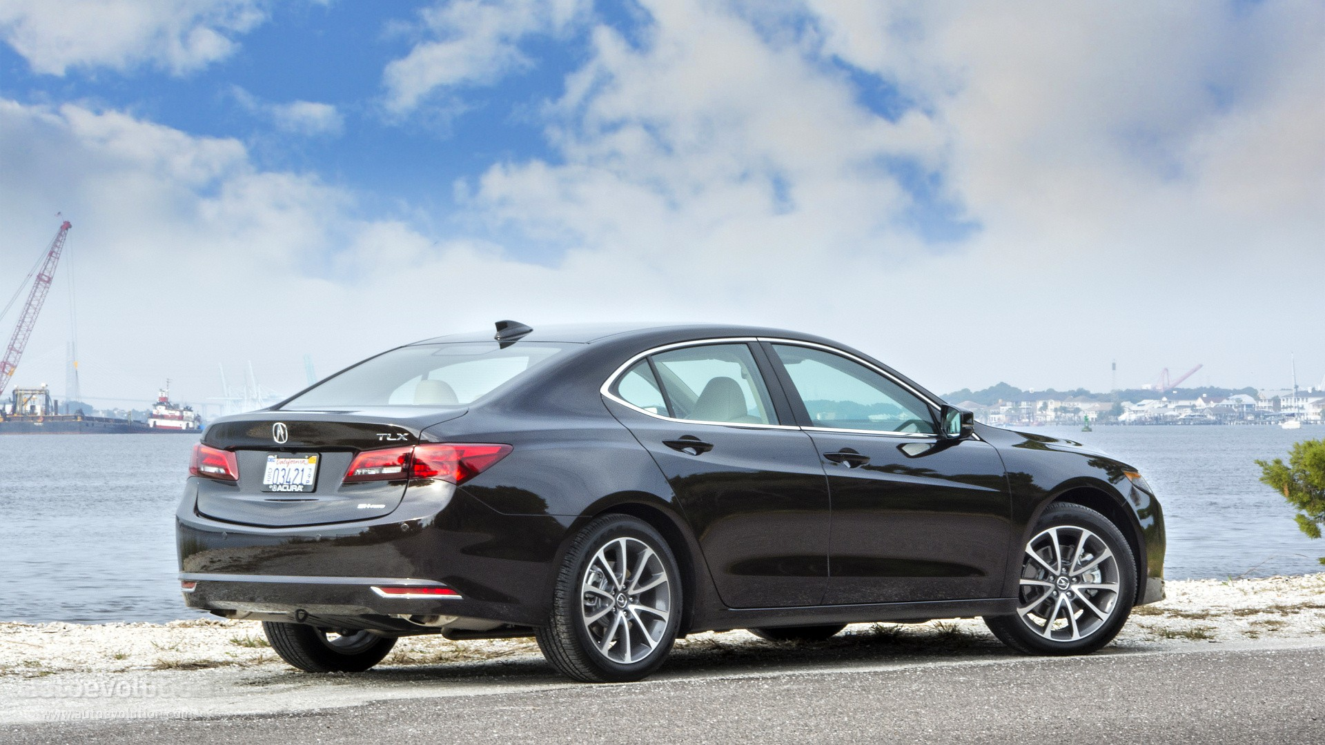 2015 acura tlx review autoevolution. Black Bedroom Furniture Sets. Home Design Ideas