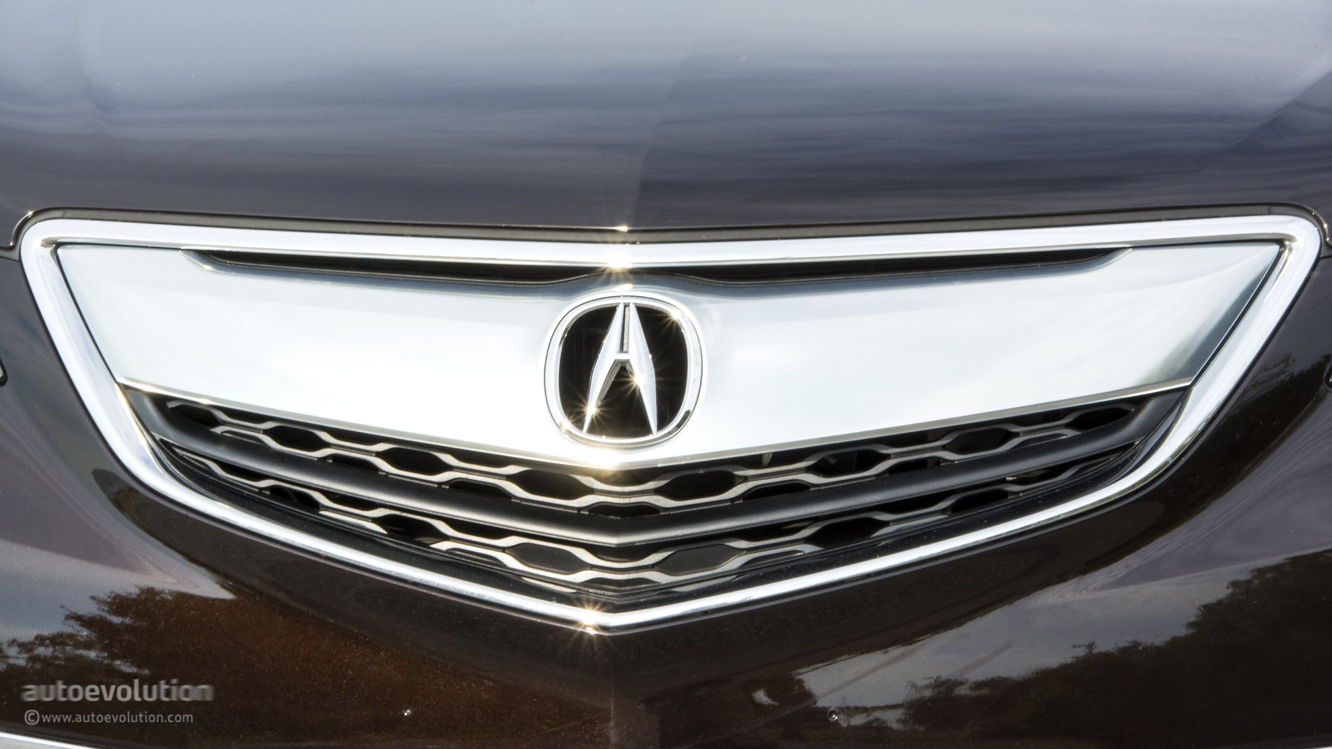 The 2015 Acura TLX might not be the sportiest luxury, but it is the ...