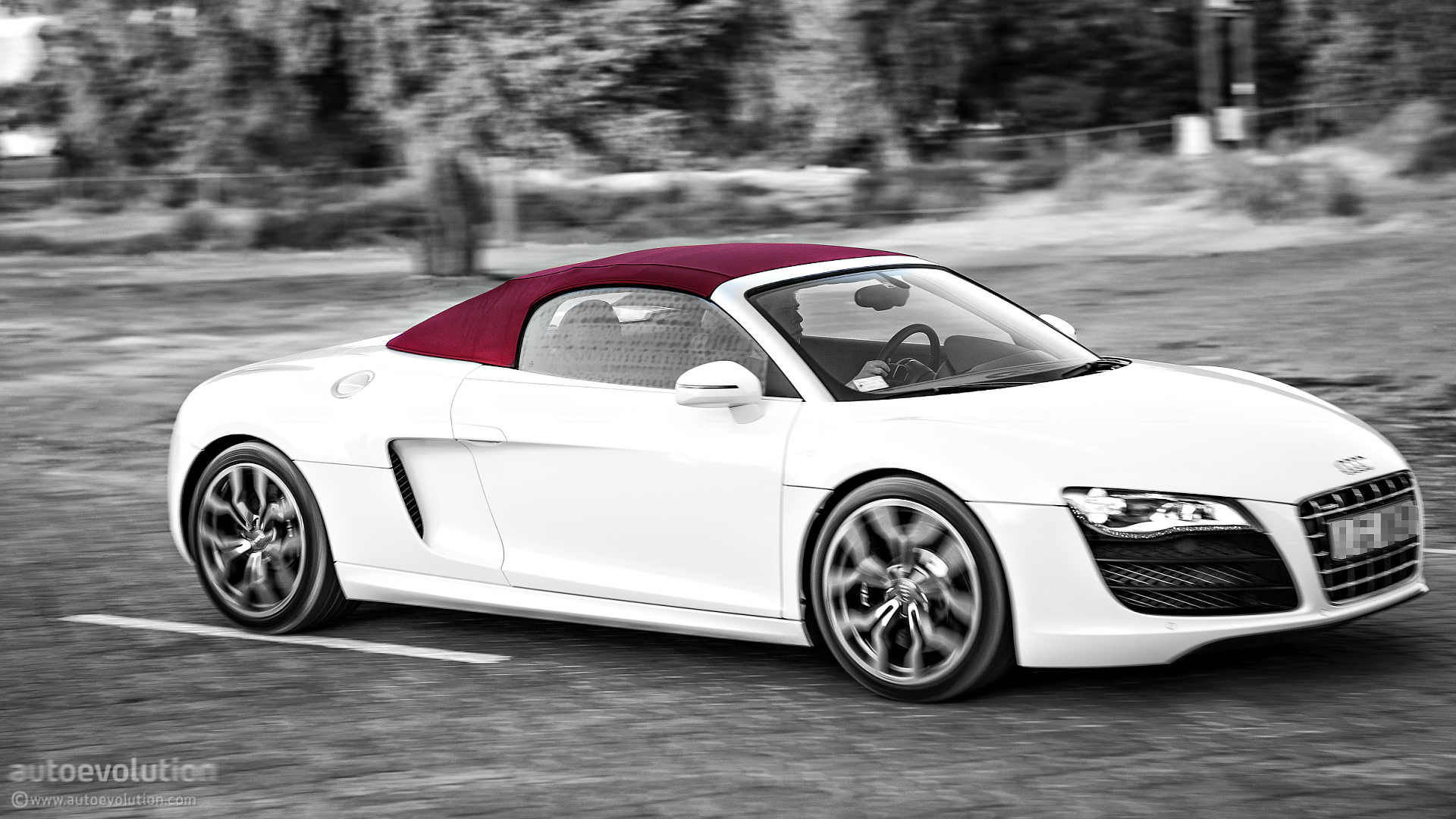 AUDI R8 V10 Spyder Review Autoevolution