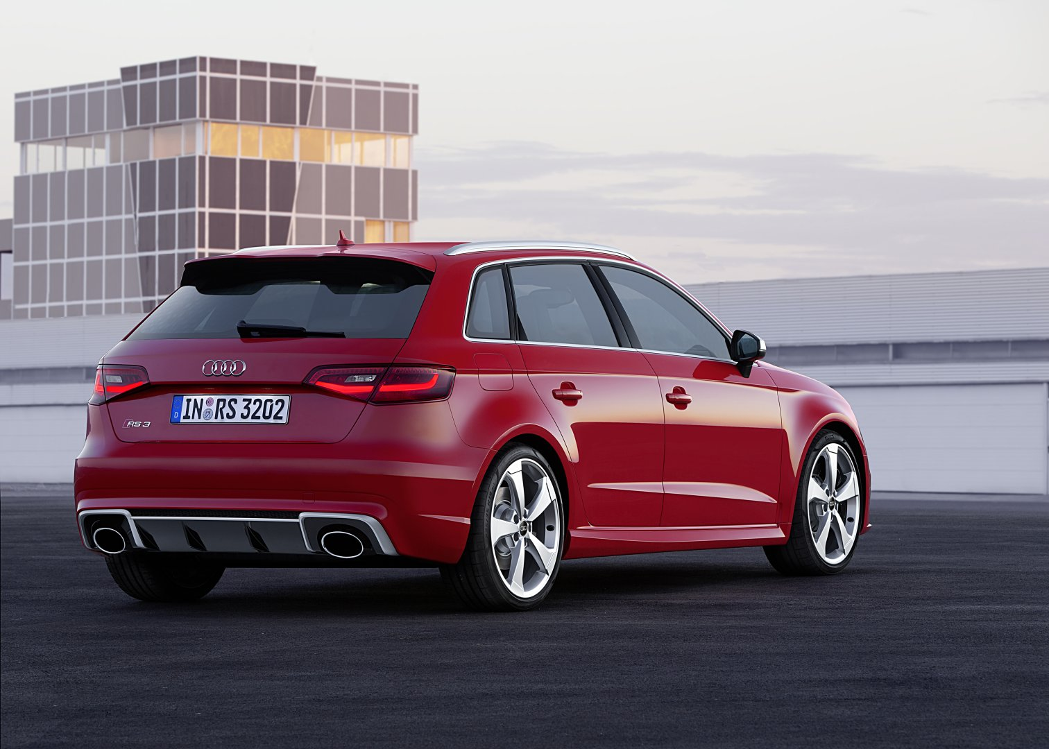 2015 audi rs3 sportback review autoevolution. Black Bedroom Furniture Sets. Home Design Ideas