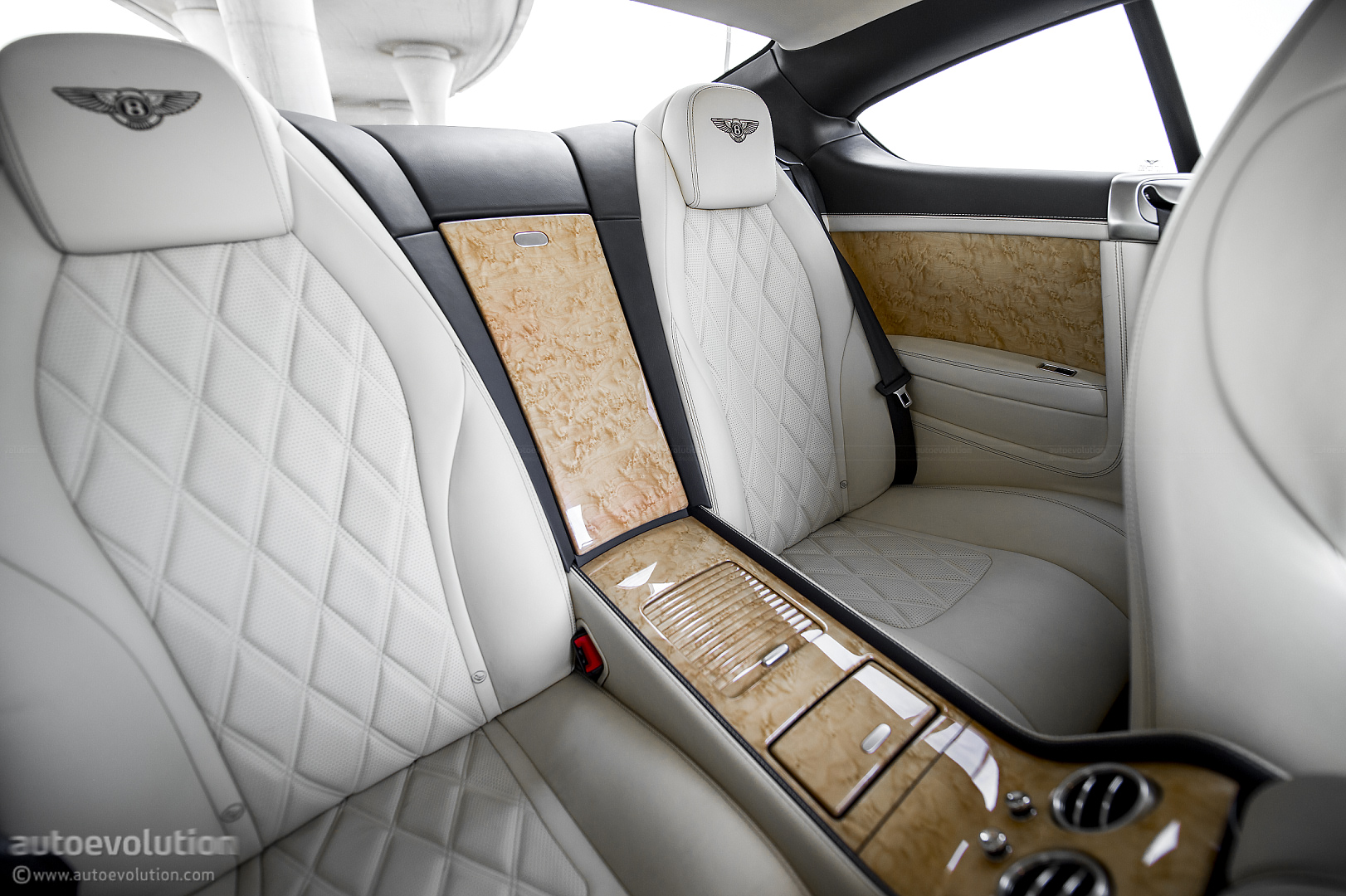 p light speed water mystere bentley outdoor gtc cover indoor duty asp car continental resistant gt