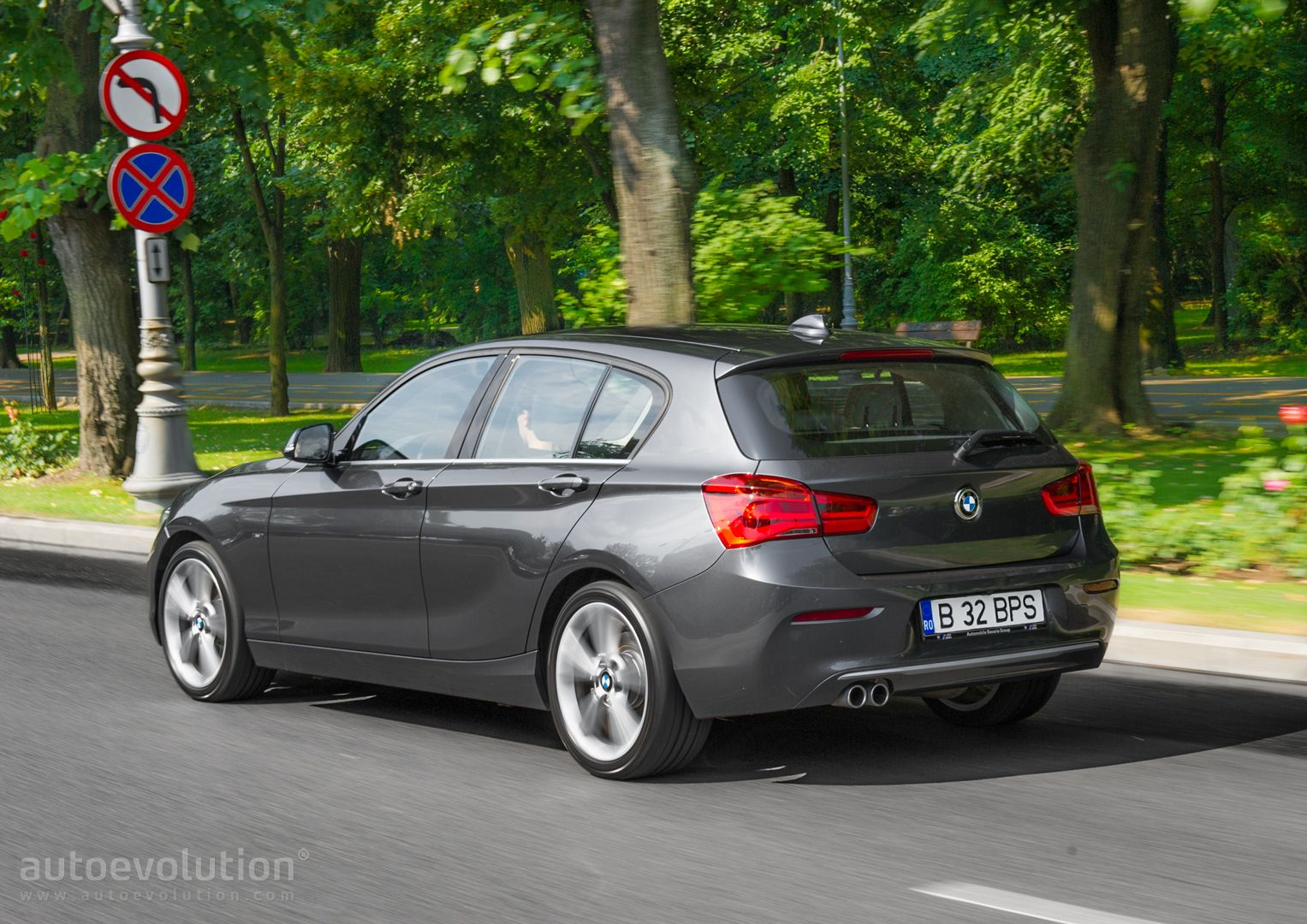 2015 bmw 1 series facelift review autoevolution. Black Bedroom Furniture Sets. Home Design Ideas