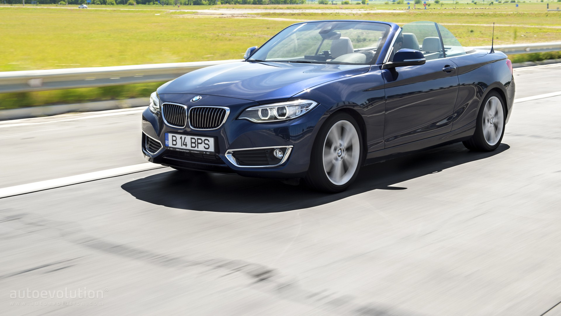 2015 bmw 220d convertible review autoevolution. Black Bedroom Furniture Sets. Home Design Ideas