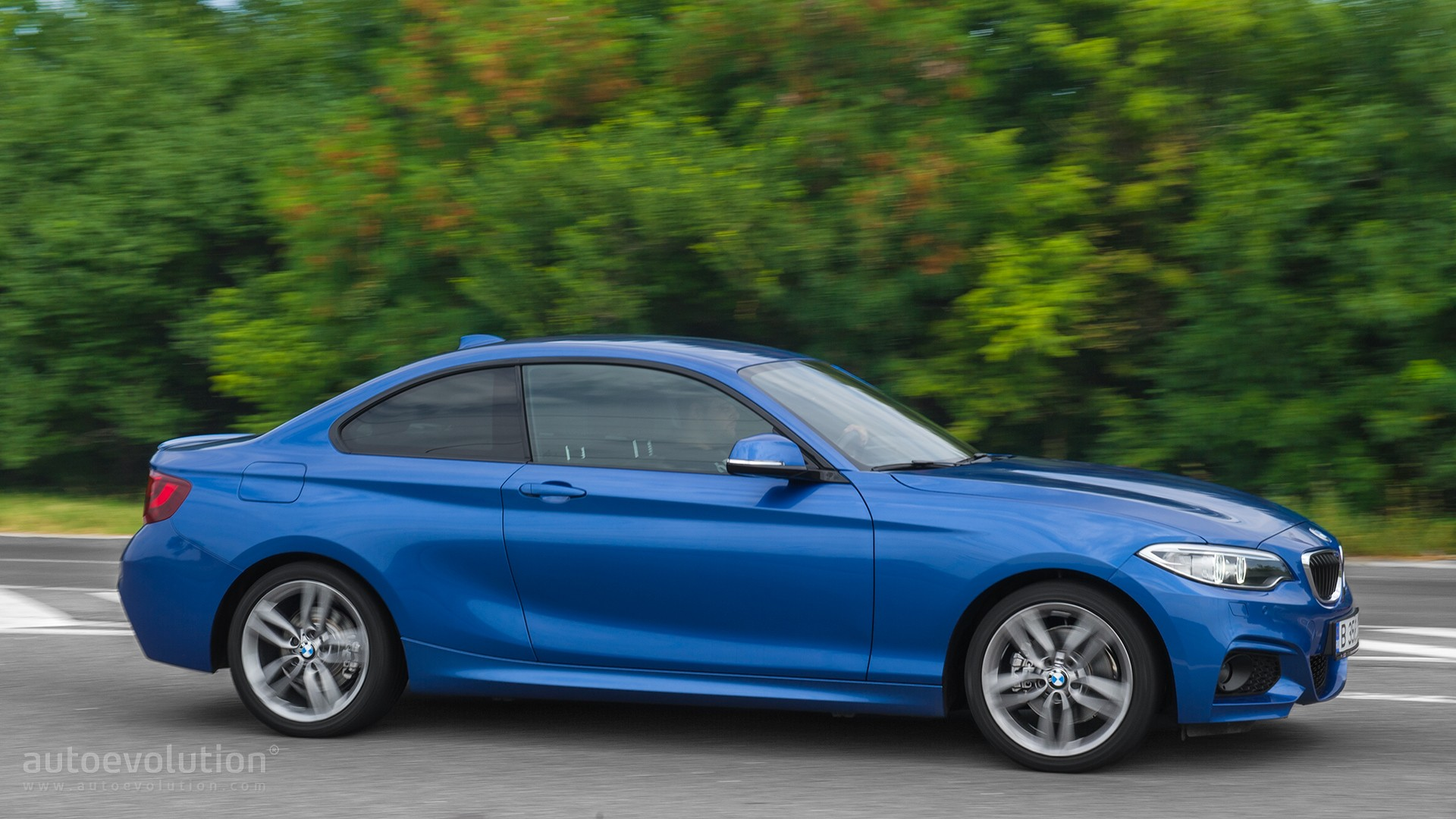 2016 Bmw 220d Xdrive Review Autoevolution