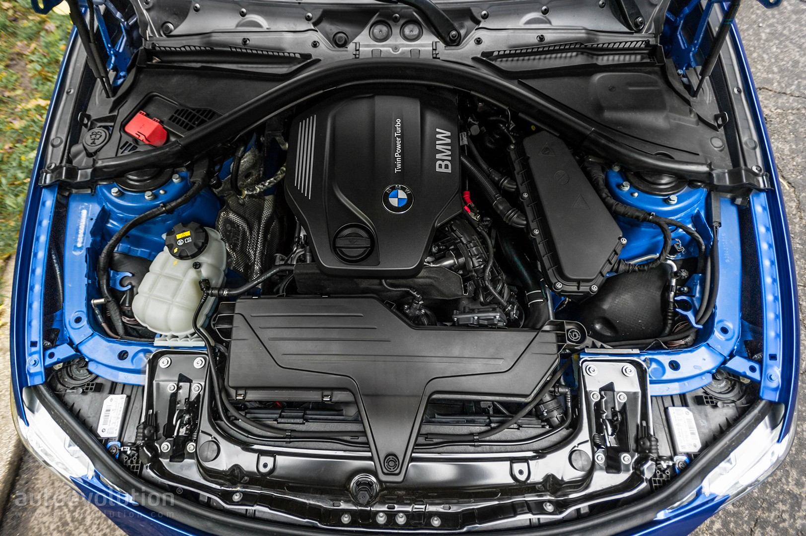 2016 BMW 320d xDrive Review - autoevolution