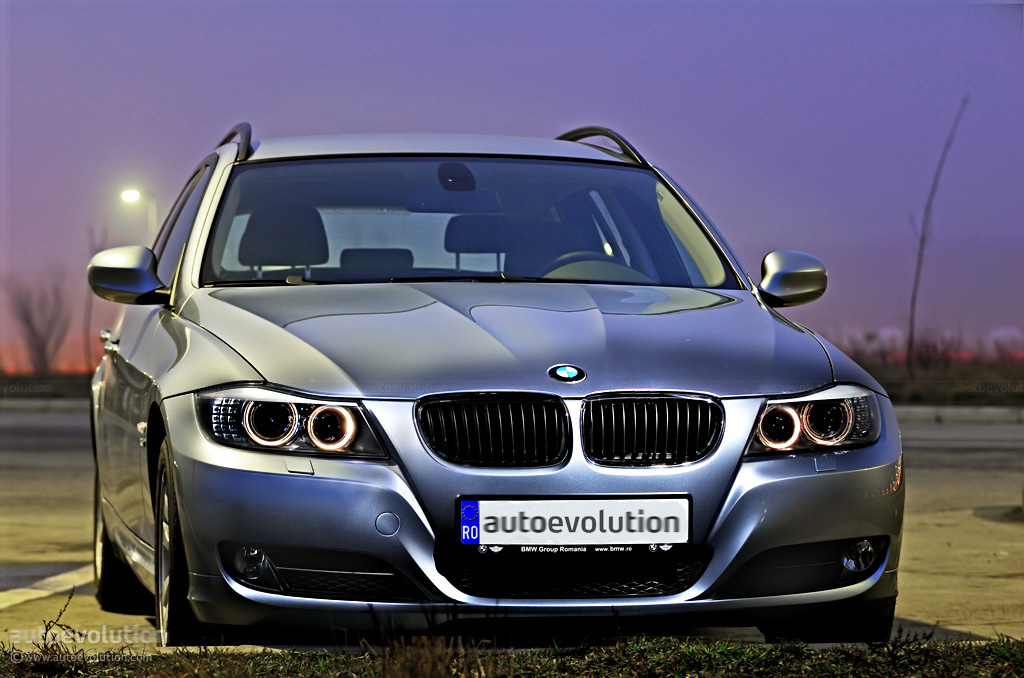bmw 320d xdrive touring review autoevolution. Black Bedroom Furniture Sets. Home Design Ideas