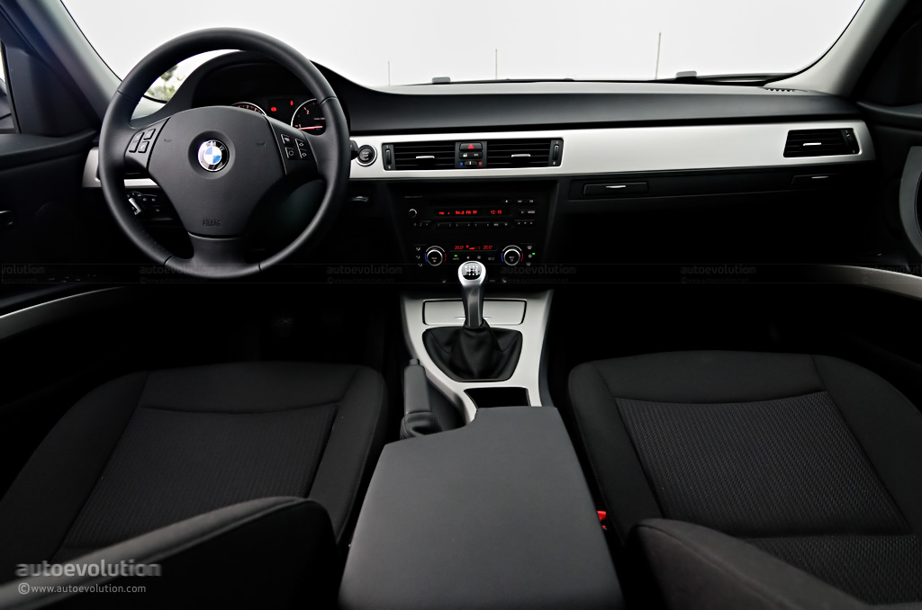 Bmw 320d xdrive touring review autoevolution