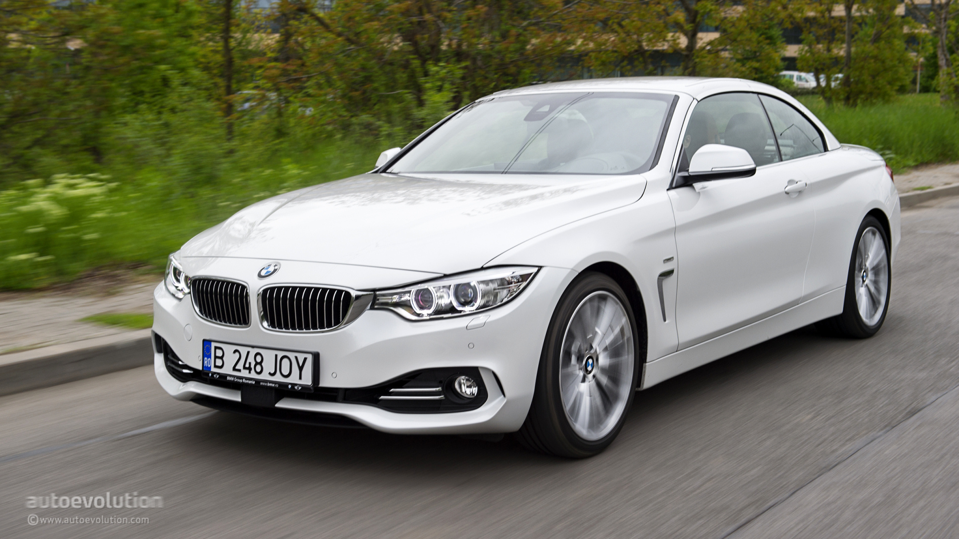 bmw 4 series convertible review autoevolution. Black Bedroom Furniture Sets. Home Design Ideas