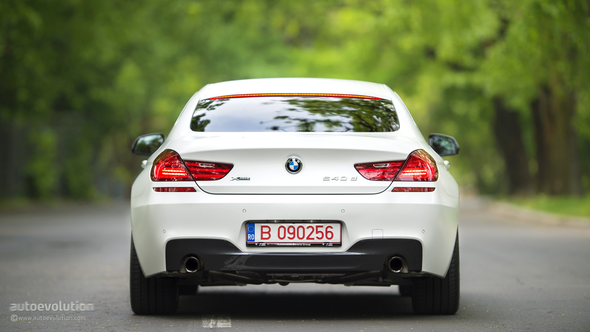 Bmw 1 series m sport coupe review 14