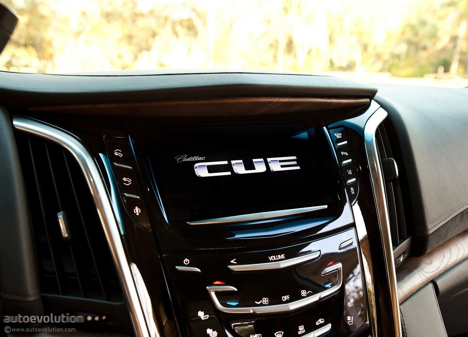 2015 Cadillac Escalade Review Autoevolution