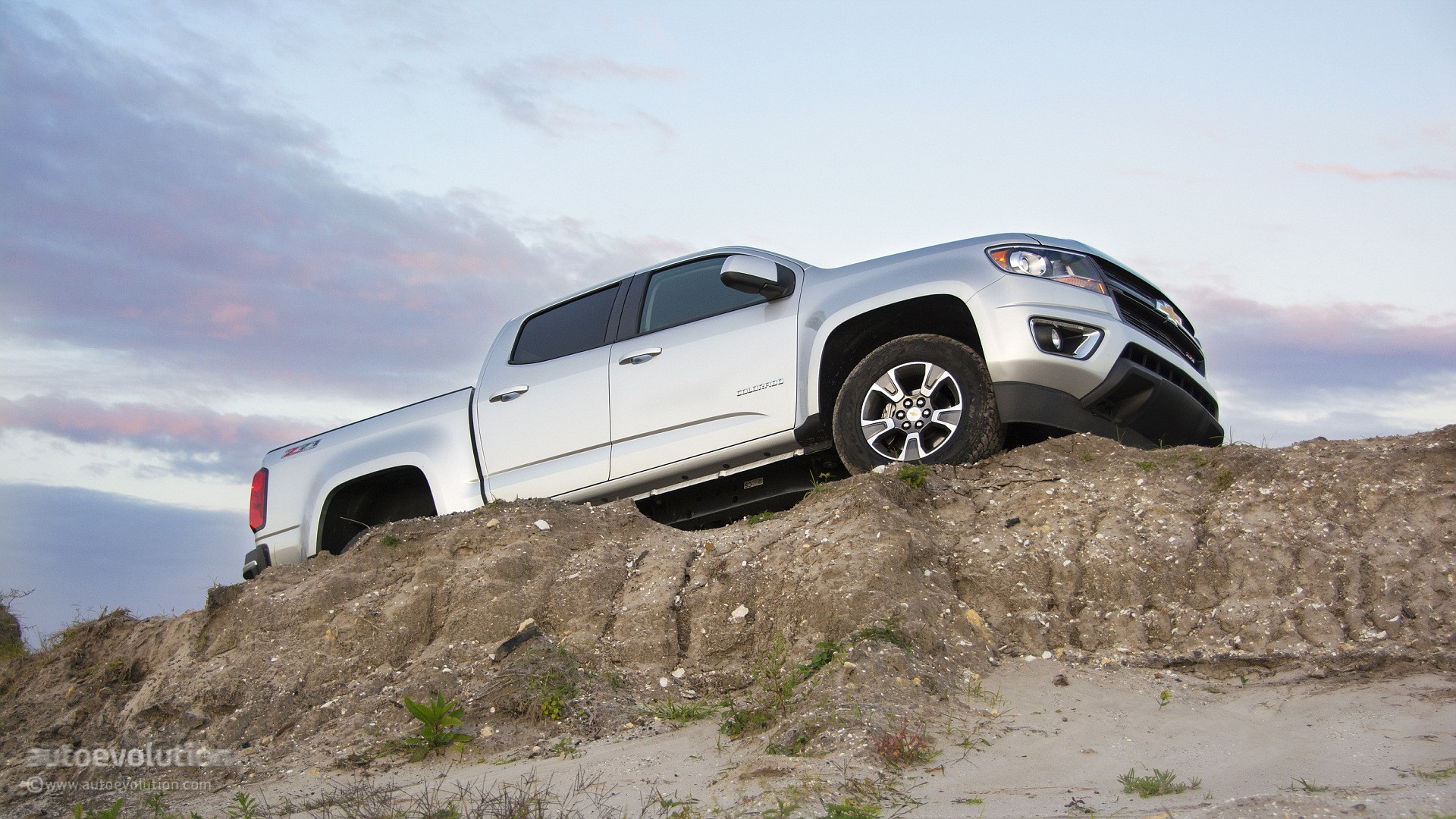 Innovative 2015 Chevrolet Colorado Review  Autoevolution