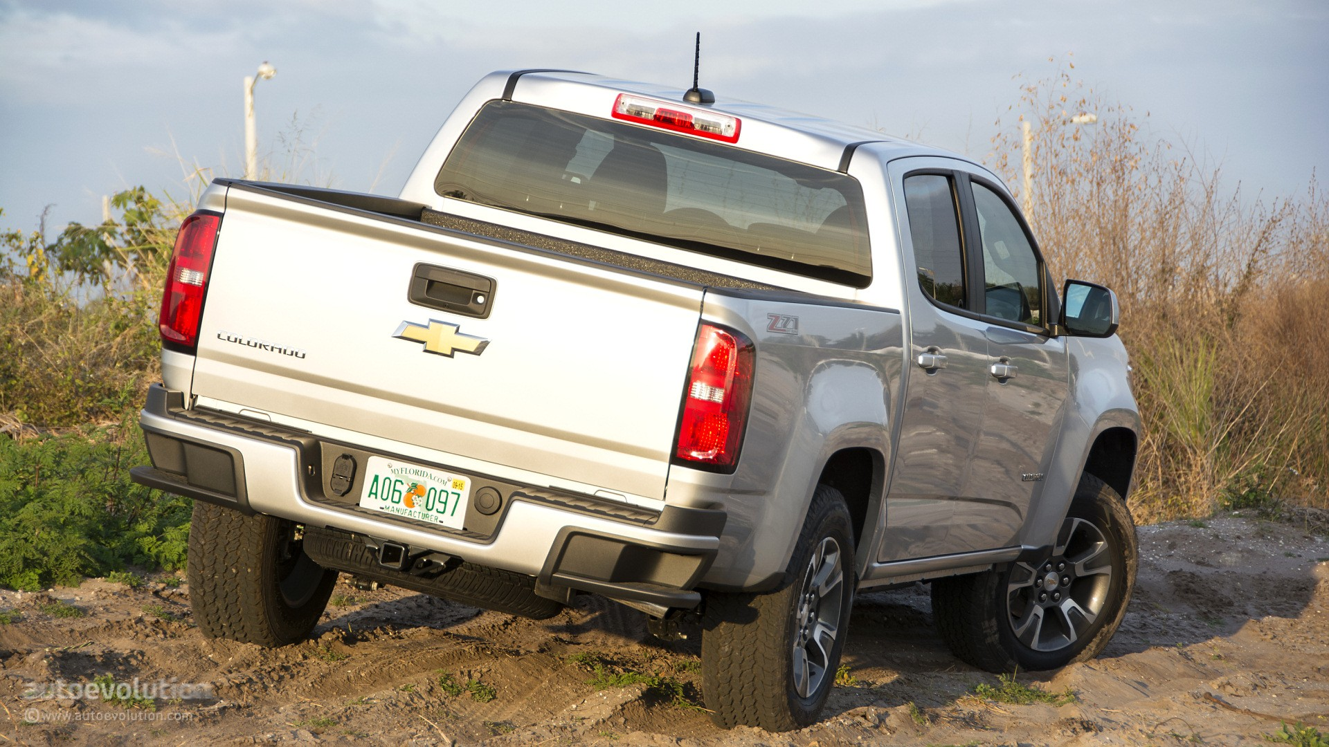 Model 2015 Chevrolet Colorado Review  Autoevolution