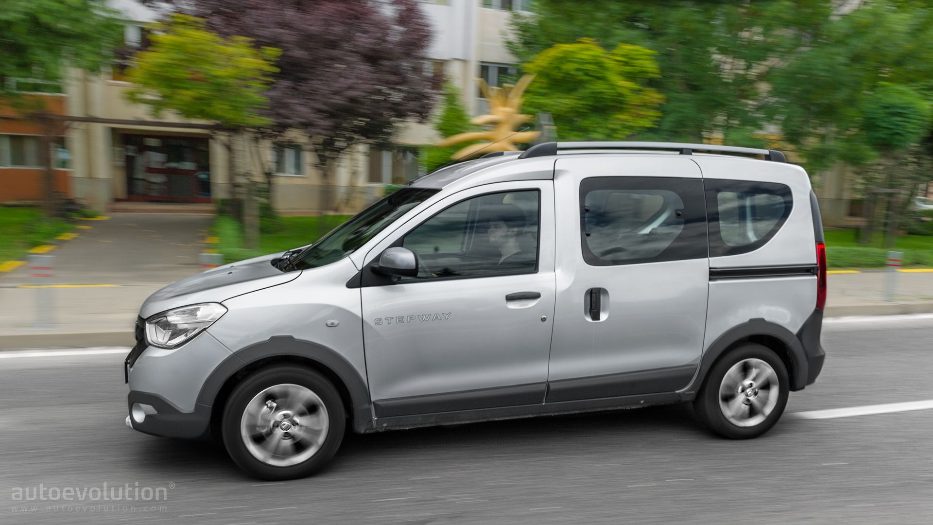 2015 dacia dokker stepway review autoevolution