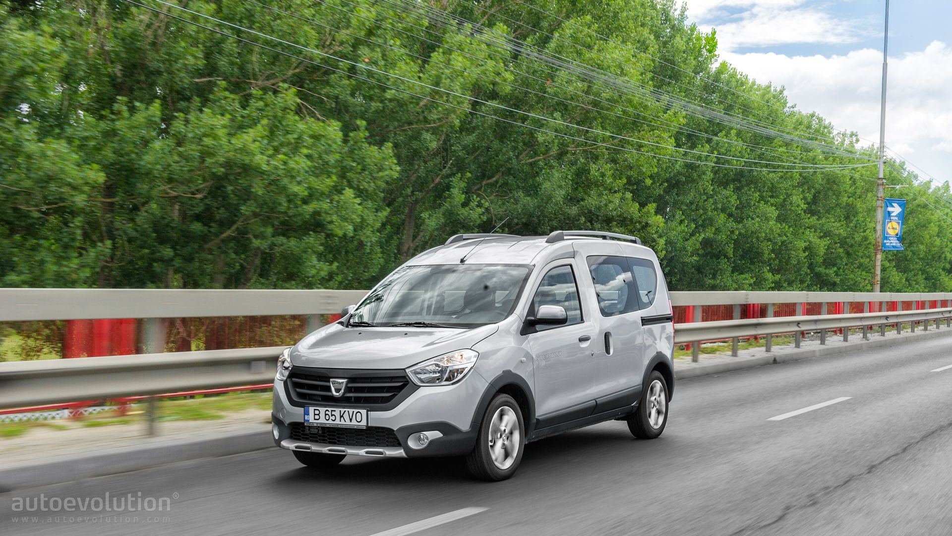 2015 dacia dokker stepway review autoevolution Freedom motors reviews