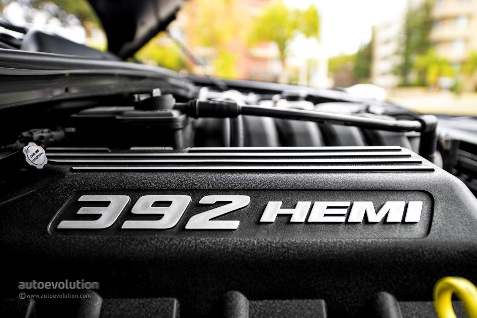 Dodge Challenger Srt8 392 Review Page 2 Autoevolution