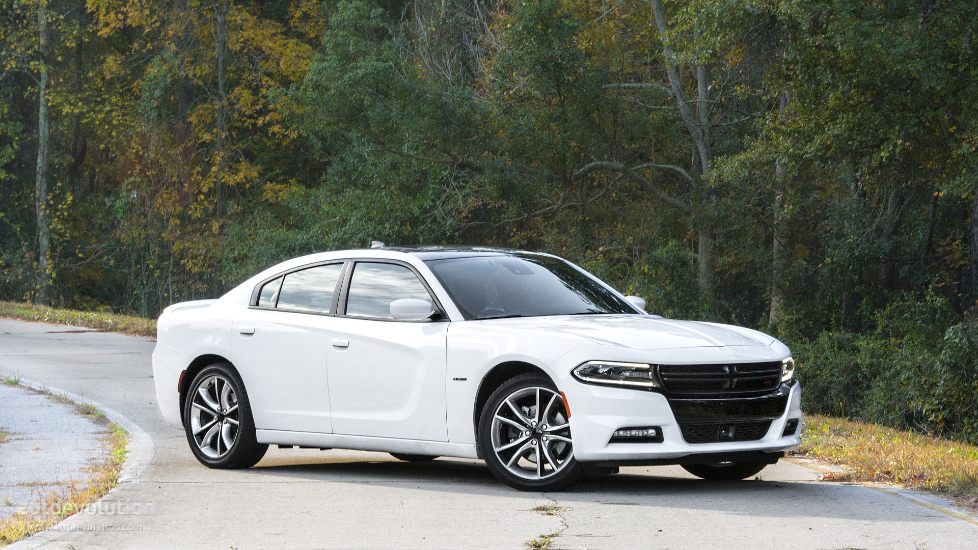 2015 dodge charger r/t review - autoevolution