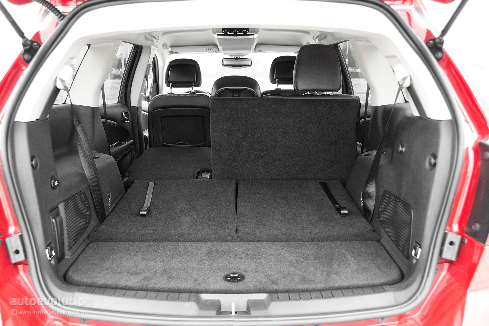 Dodge Journey Review on 2010 Dodge Journey Interior